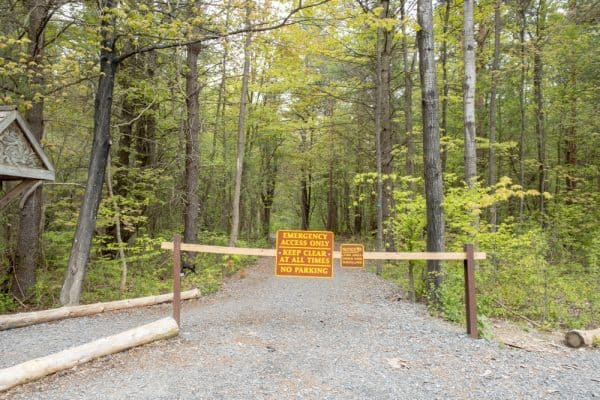 Trailhead in Plotter Kill Preserve