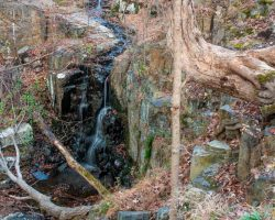 Hiking in Buttermilk Falls Park in Nyack, New York