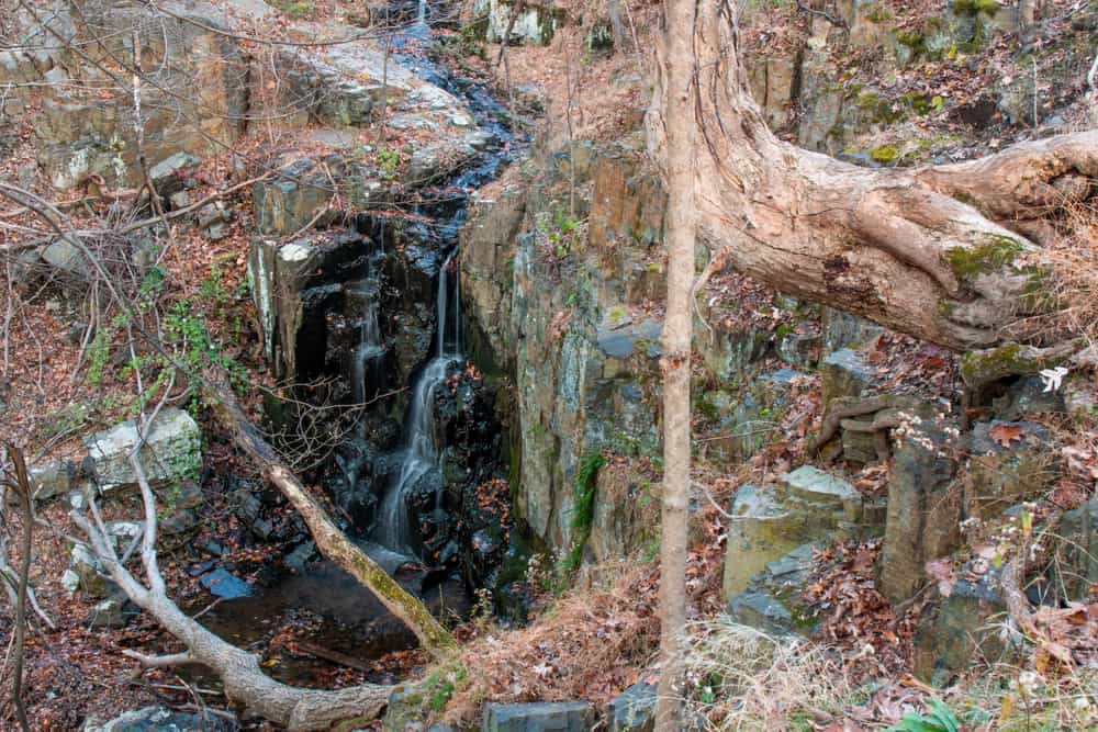 Hiking in Buttermilk Falls Park in Nyack New York