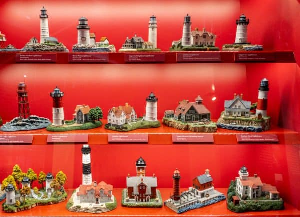 Lighthouse models at the National Lighthouse Museum in State George NY