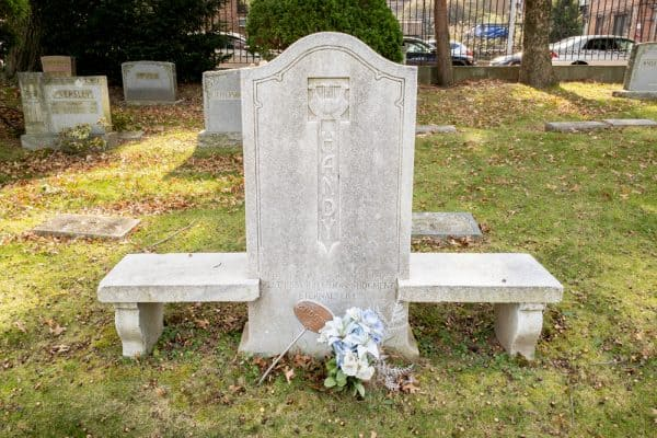 Grave of WC Handy in Woodlawn Cemetery in New York City