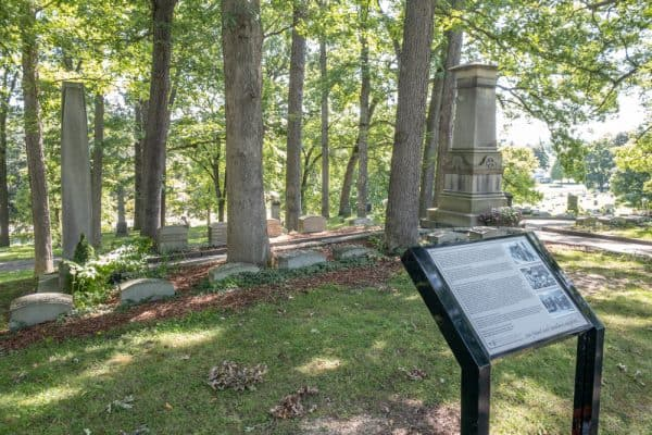 Mark Twain grave in Woodlawn Cemetery in Elmira New York