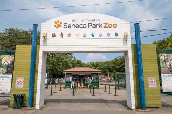 The entrance to Seneca Park Zoo in Rochester, NY