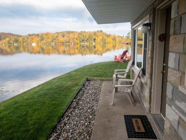 Gauthiers Saranac Lake Inn rooms adjacent to Flower Lake