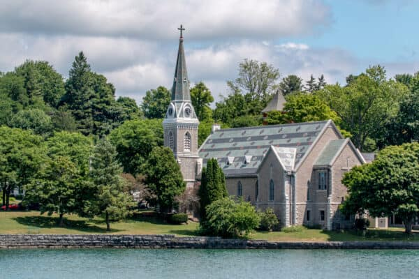 A church on the shores of Skaneateles Lake in Onondaga County NY