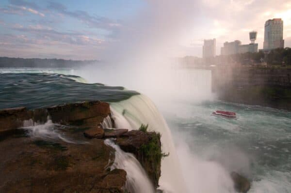 Horseshoe Falls in Niagara Falls State Park at Sunset