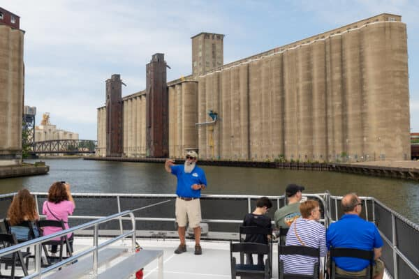Guide talking during a Buffalo River History Tour in Buffalo New York