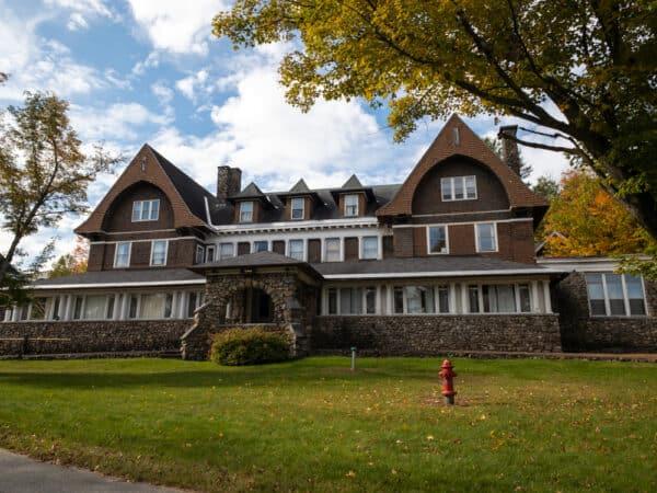 Adirondack Cottage Sanitarium in Saranac Lake NY